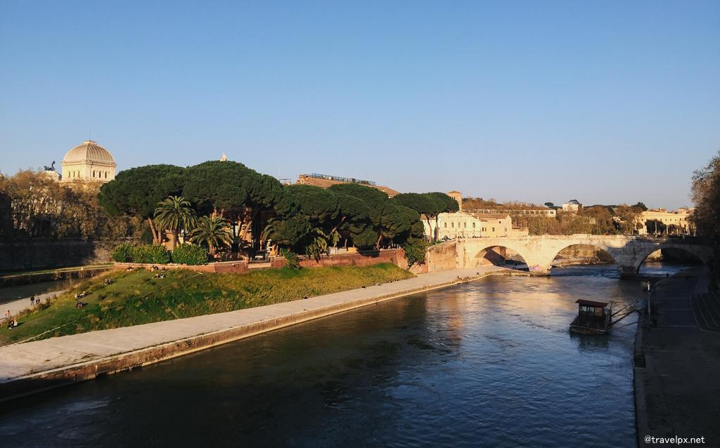 Con Sông Tiber