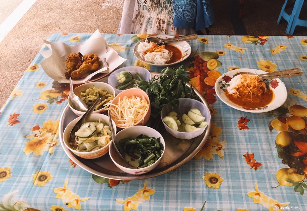 Ăn sáng ở Krabi Town