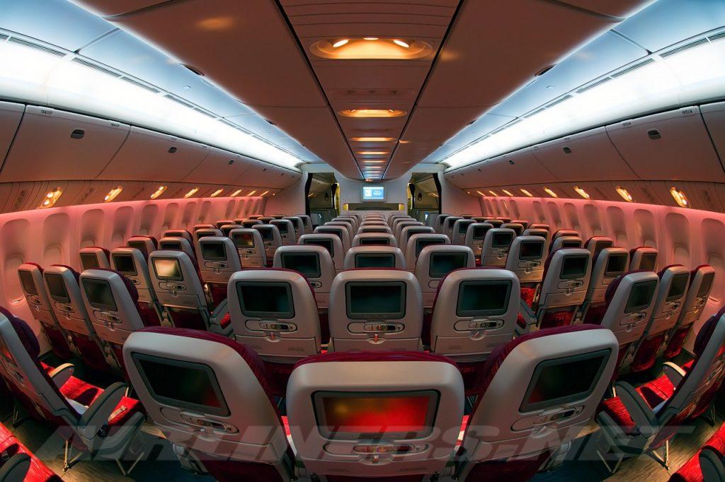 Boeing_777-2DZ-LR,_Qatar_Airways