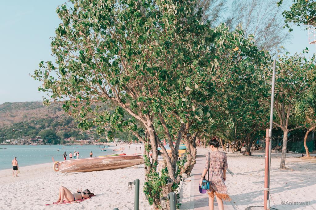 Bãi biển Phi Phi