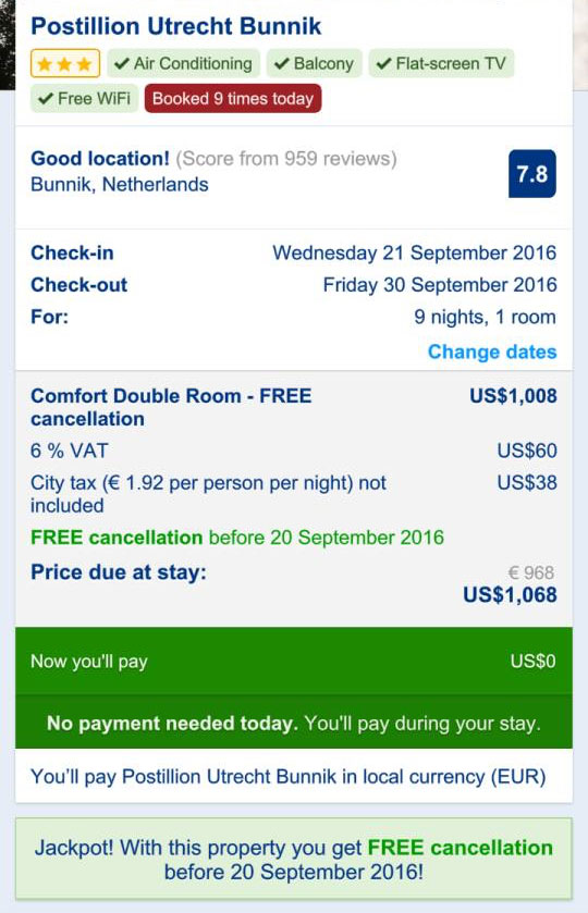 Đặt phòng trên Booking.com